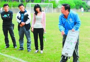 省少年足球赛上崭露头角 深圳少年足球艰难起
