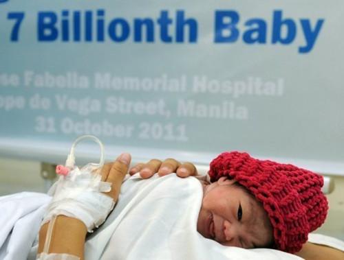 作为全球第70亿人口的丹妮卡·卡马乔在菲律宾降生。