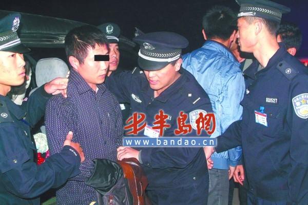 如何从5岁孩子面前抓走嫌疑人父亲?郑州民警这样做