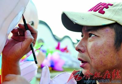 2011合肥非遗园花灯璀璨何以靓(组图)