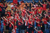 图文:[中超]成都2-2广州 成都球迷不离不弃