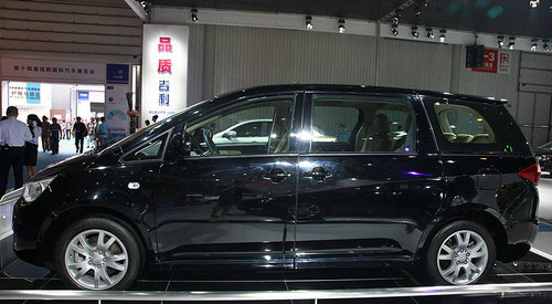 帝豪EV8参数曝光 吉利首款MPV将明年上市 组图高清图片