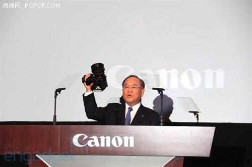 佳能社长御手洗富士夫先生亲自发布EOS C300