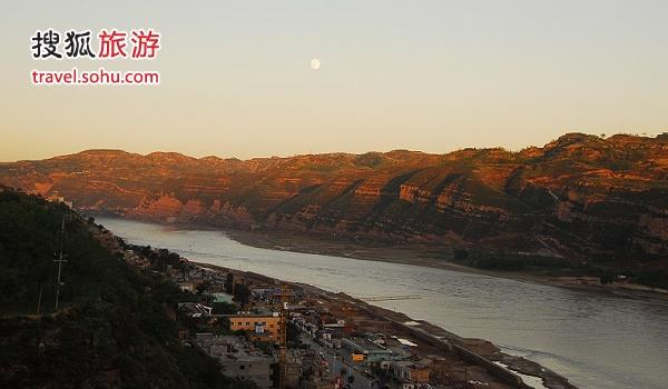 陕晋交界之黄河两岸景色