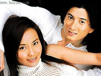 吴奇隆(右)和马雅舒结婚离婚,当年轰动一时(资料图)
