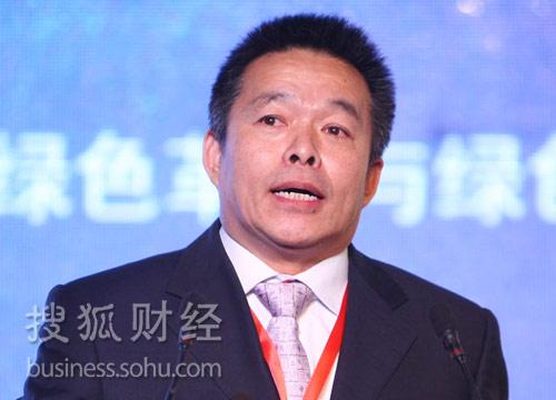 清华大学国情研究中心主任胡鞍钢(来源:搜狐财经)