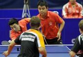图文:[乒乓球]世界杯团体赛 马龙和王皓