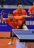 图文:[乒乓球]男团登顶世界杯 马龙搭档王皓