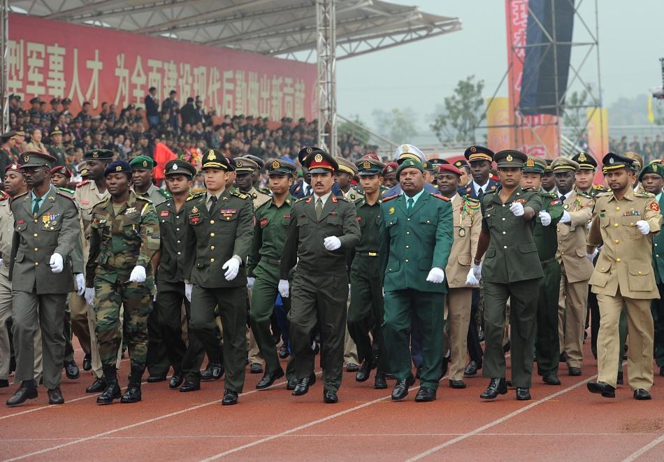 阅兵仪式_外军参加中国阅兵仪式(组图)