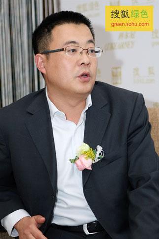 搜狐绿色专访亿利集团行政总监贺鹏飞