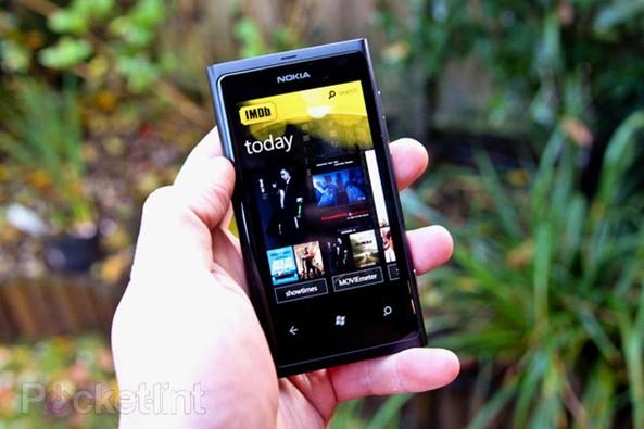 [多图]王者归来?Nokia Lumia 800测评