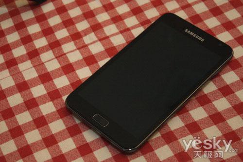 图为:三星GALAXY Note 手机