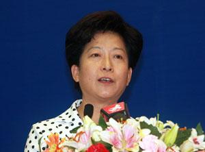 弘强,女,1953年11月出生,1975年12月入党,1972年3月参加工作,大学,河北行唐人。