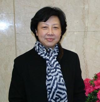 龙超云同志,女,侗族,1952年8月出生,贵州锦屏人,1968年11月参加工作,1985年7月加入中国共产党,中央党校在职研究生学历。