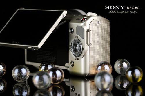 图为:索尼NEX-5