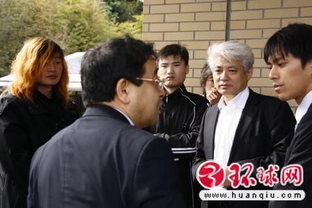 被殴致死中国研修生在日火化律师追究日企责任(组图)