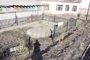 爱民石棚墓现状