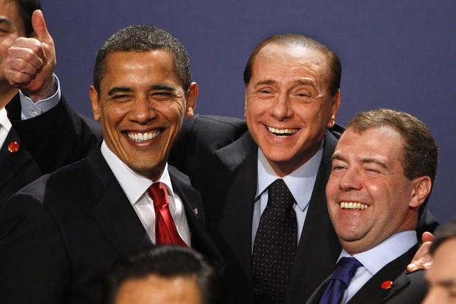 在2009年4月的g20伦敦峰会上,贝卢斯科尼与美国总统奥巴马及俄罗斯