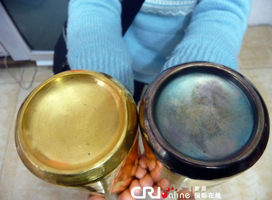 2011年11月12日四川自贡,高敏1992年 和1988年的金罐 奥...