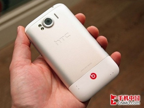 HTC Sensation XL背面图