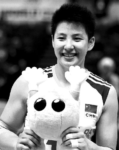 前天与韩国队一战,张磊终于拿到了最佳球员奖。图/CFP