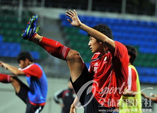 国足主教练卡马乔_[组图]世预赛亚洲区20强赛卡马乔出席新闻发布会-搜狐滚动