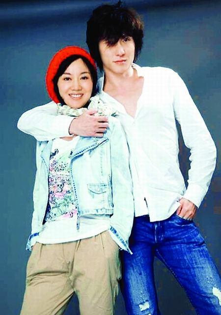 闫妮和男友王玮-闫妮跟小男友完婚 经纪人 恶意炒作