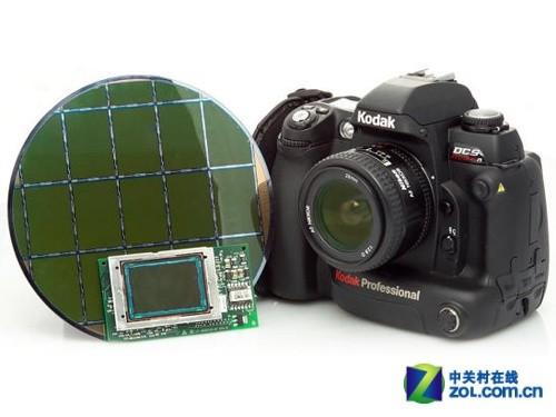 柯达当年的1400万像素全画幅传感器代表了一个时代的高度