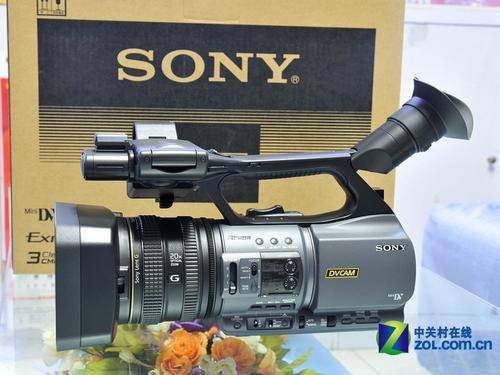 图为:索尼数码摄像机DSR-PD198P