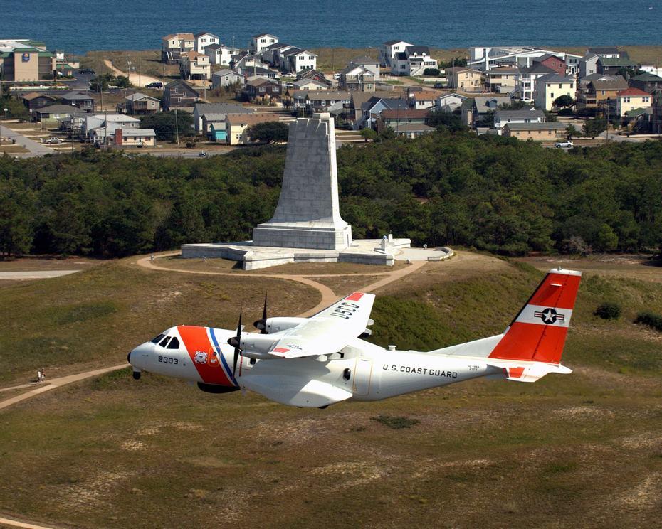 据空巴军事网11月16日发表消息,墨西哥海军已经接受了首架空客cn235