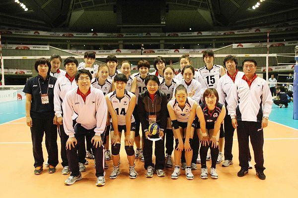 2011女排世界杯视频_图文:韩国女排3-0阿根廷队 韩国队合影庆祝-搜狐体育