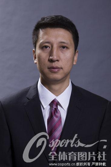 辽宁男篮新赛季官方写真照 主教练郭士强
