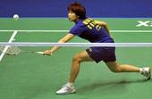 图文:香港羽毛球公开赛赛况 汪鑫跨步回球