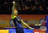 图文:香港羽毛球公开赛赛况 汪鑫庆祝胜利