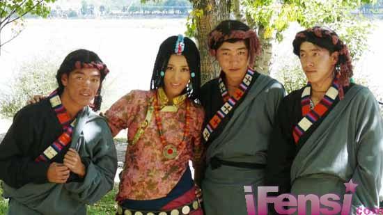 佳组合的老公_阿佳组合唱而优则演收获不同《西藏秘密》(组图)-搜狐滚动