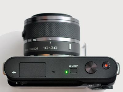 尼康(Nikon) J1(单头套机10-30mmVR)
