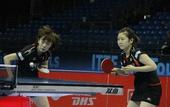 图文:2011国际乒联总决赛 石川佳纯发球
