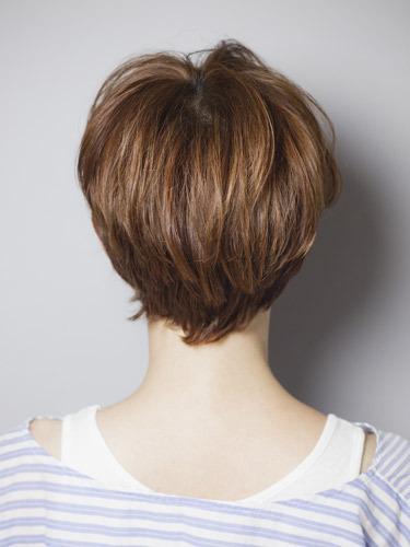 遮住双颊超显瘦 6款短发最适合小圆脸(组图)