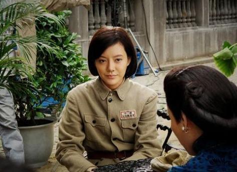 江角祖纪子再《流转的王妃·最后的王弟》饰演的川岛芳子,比较像