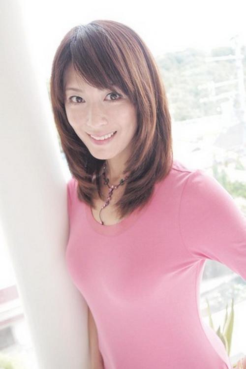 PK不老仙妻水谷雅子 日本45岁童颜CEO出炉
