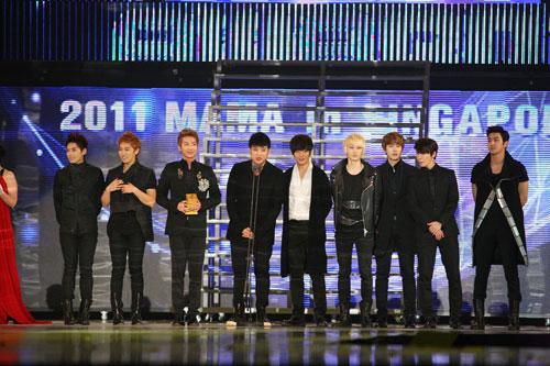 2011Mnet亚洲音乐盛典 SJ获最佳男子组合奖【点击查看组图】