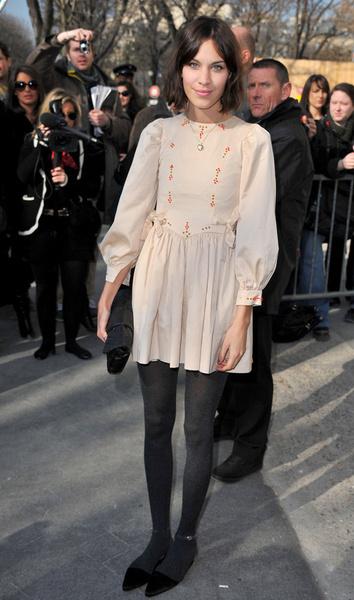 艾里珊·钟(alexa chung); 2011英国女星最佳着装_新浪时尚_新浪网