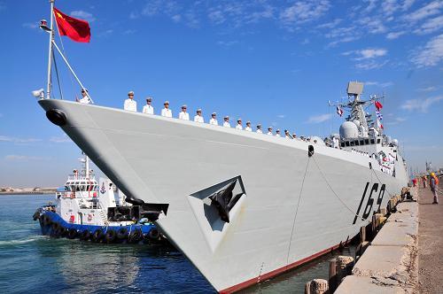 组图:中国海军护航编队舰艇结束访问科威特