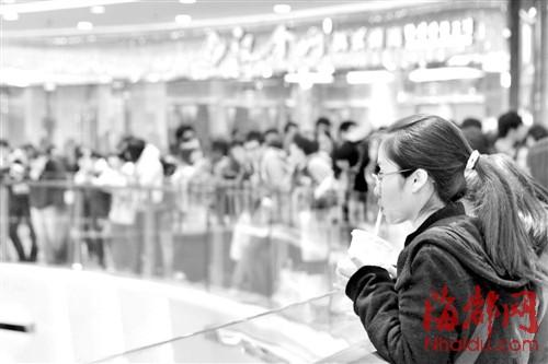 代市长杨益民等领导和万达集团董事长王健林出席庆典图片
