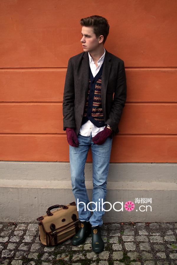 哪位帅哥最吸睛?2011冬季欧美型男街拍第一辑:老绅士图片