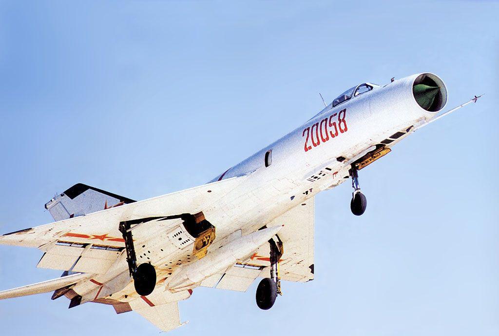 国产�9��zj��i�_中国空军歼-8i战斗机