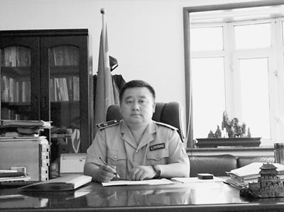 局长 邓小林图片