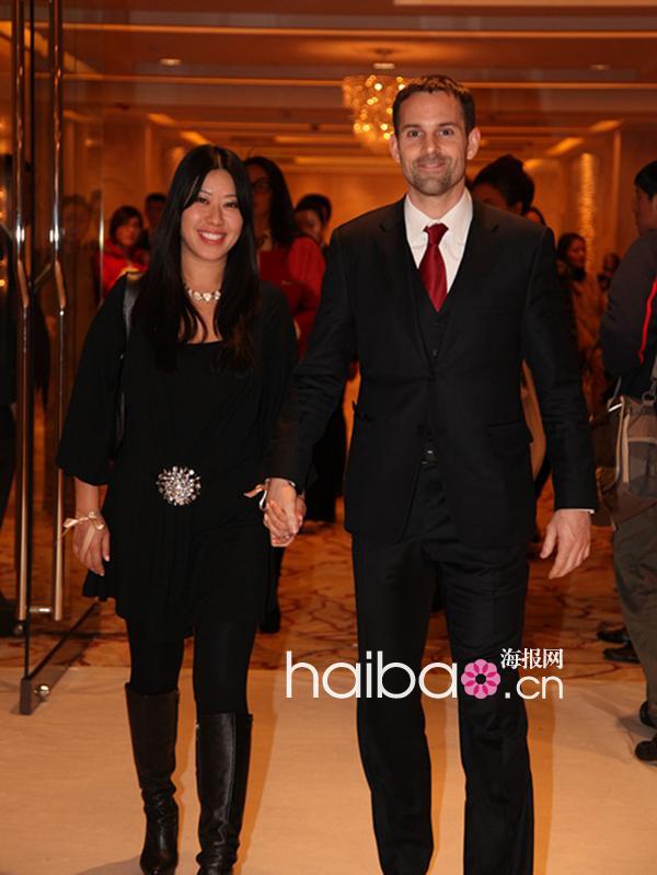 12月8日晚,设计师兰玉的高级定制婚纱品牌在北京举行兰玉 (lan-yu)图片