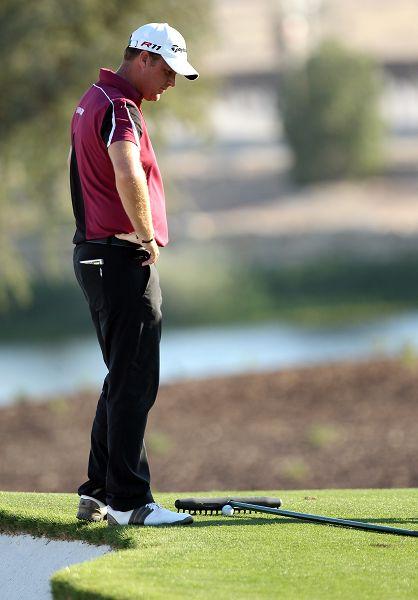 图文:迪拜赛第三轮赛况 汉森垂头丧气