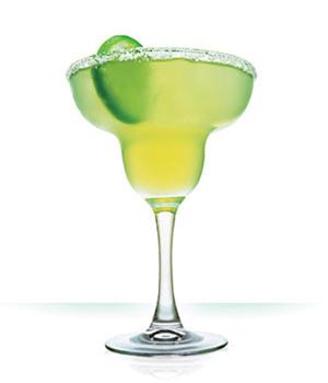 玛格丽特(Margarita) 基酒:德基拉酒,辅料:柠檬汁、橙味甜酒玛格丽特